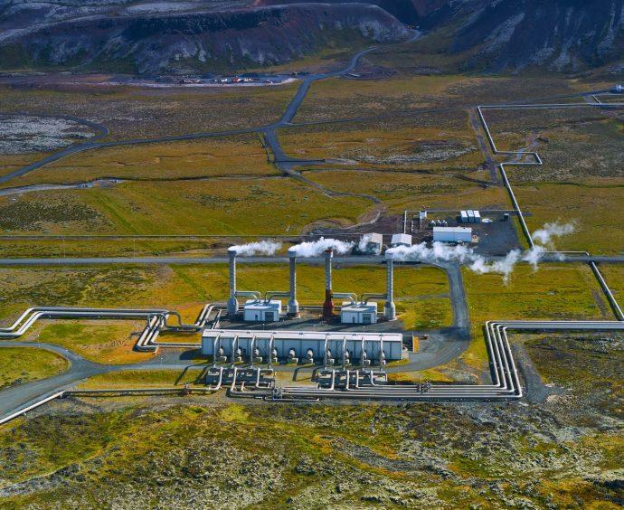 Tekutý poklad v zemi môžeme využiť aj na výrobu elektriny, nielen na kúpanie